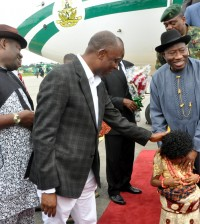PIC.24. FROM LEFT: DEPUTY GOVERNOR OF RIVERS, MR TELE IKURU; GOV.   CHIBUIKE AMAECHI OF RIVERS WELCOMING PRESIDENT GOODLUCK JONATHAN AT   THE PORT HARCOURT INTERNATIONAL AIRPORT ON THURSDAY (12/9/13)